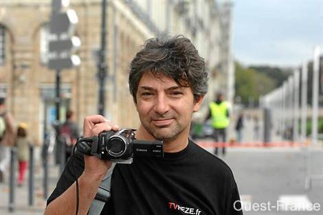 Walter Bonomo, président et fondateur de TVRezé. La web télé fête sa première année d'existence samedi soir. Et a des idées plein la caméra. Photo : Ville de Rezé.