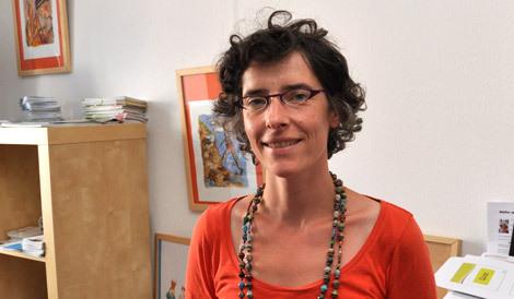 À Rezé, Elisabeth Chabot est la coordinatrice des Éditions d'un Monde à l'autre.