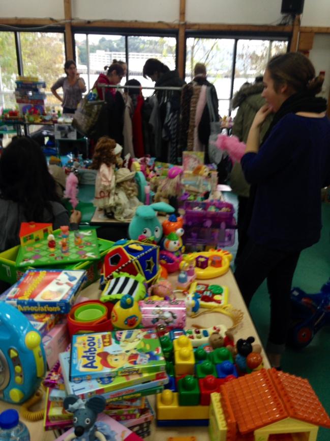 Broc des enfants au CSC Loire et Seil